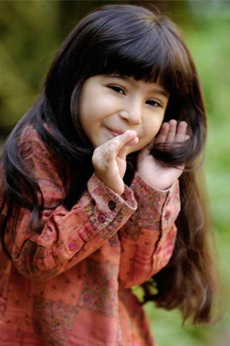 Cute Baby Sara Amazing And Wonderful Stills