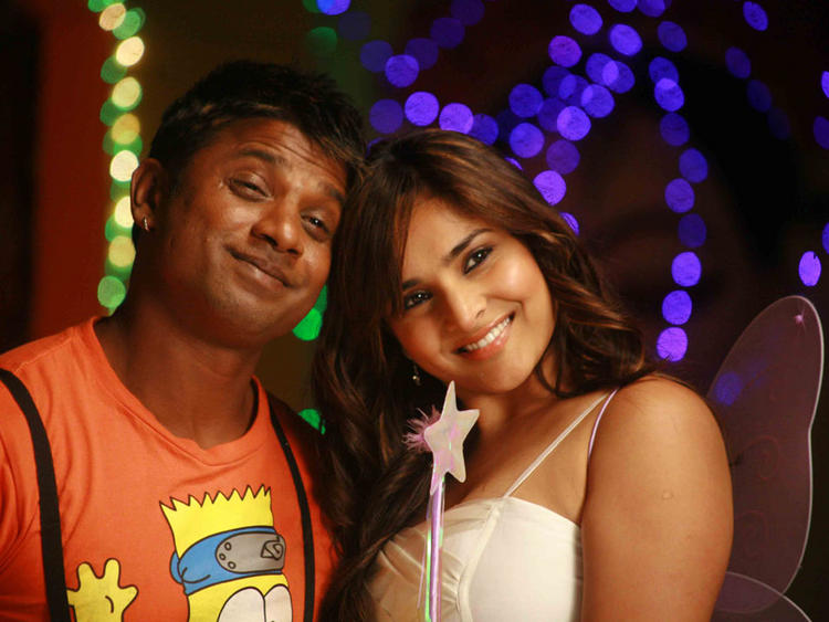 Ramya and Vijay Latest Cute Still In Johny Mera Naam