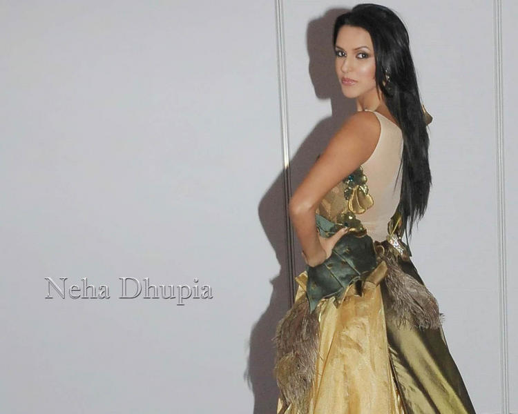 Gorgeous Babe Neha Dhupia Wallpaper