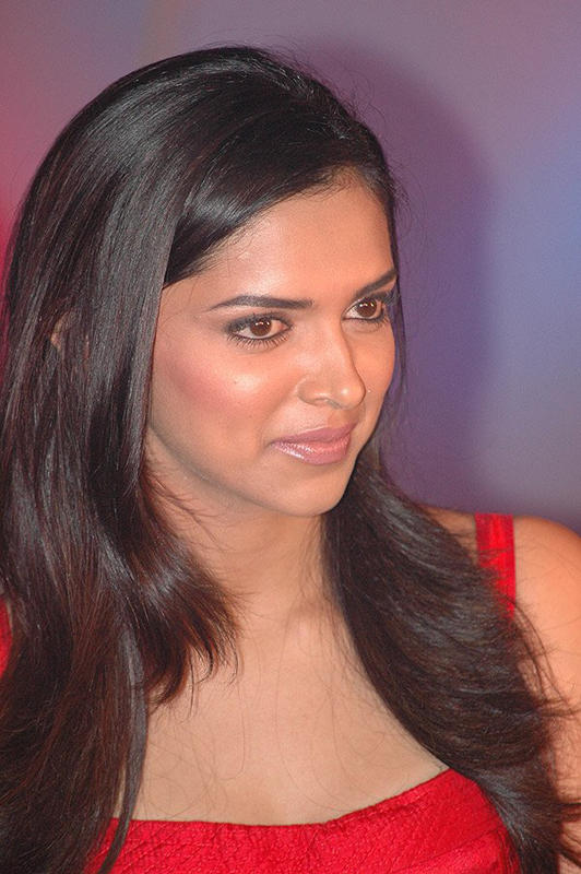 Charming Actress Deepika Padukone Nice Photo