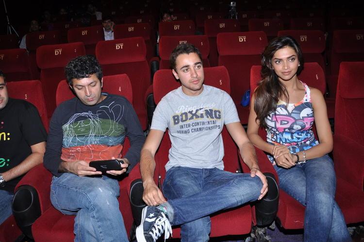 Deepika Padukone and Imran Latest Still