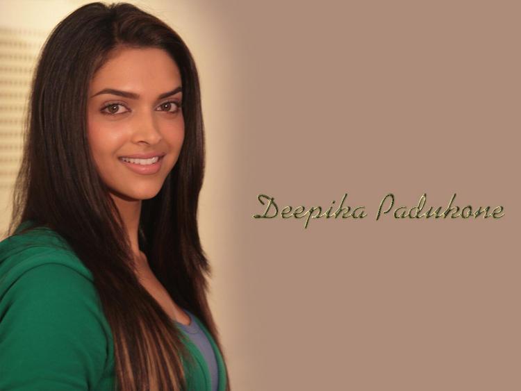 Hot Bollywood Diva Deepika Padukone Wallpaper