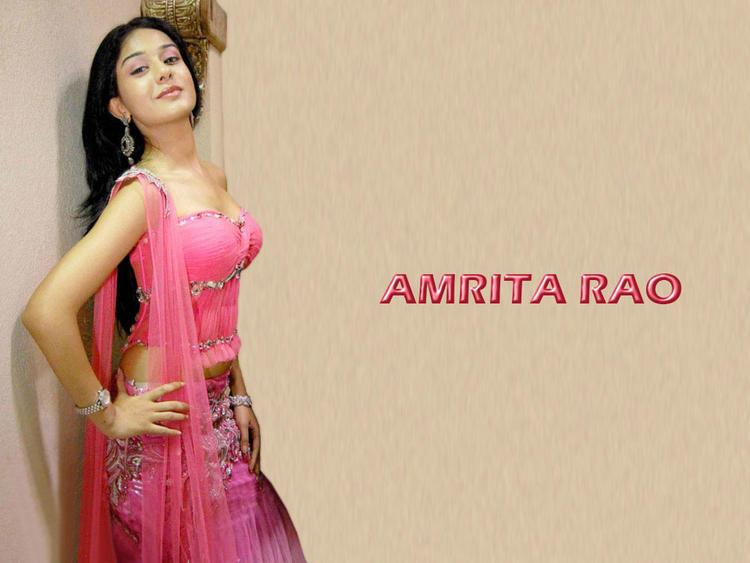 Amrita Rao Sexy Exposing Wallpaper