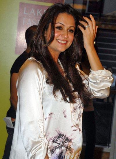 Pregnant Amrita Arora Photo