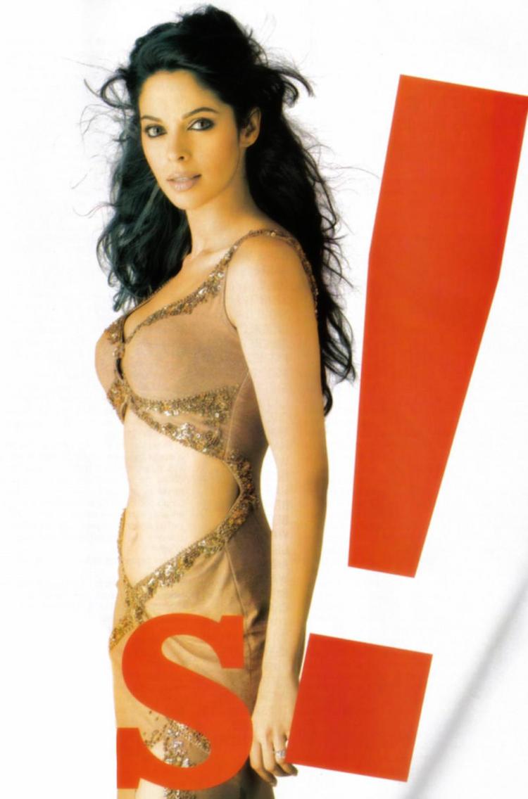 Mallika Sherawat Hot Sexy Wallpaper