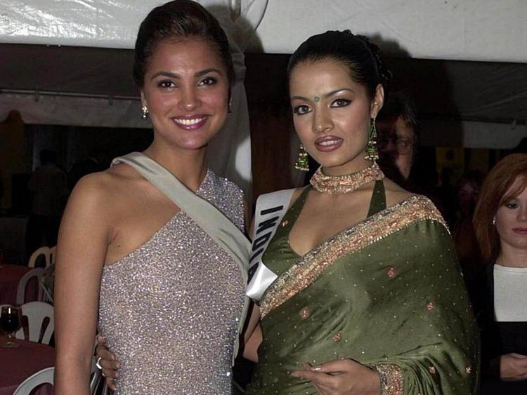 Lara Dutta and Celina Jaitley Glamour Still
