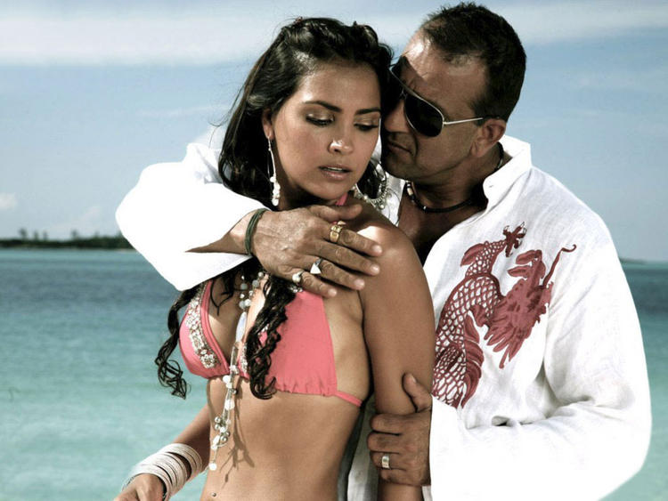 Lara Dutta and Sanjay Dutt Hot Scene Still In Blue