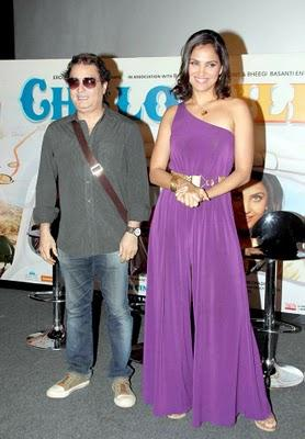Lara Dutta and Vinay Pathak Chalo Dilli Audio Launch Still