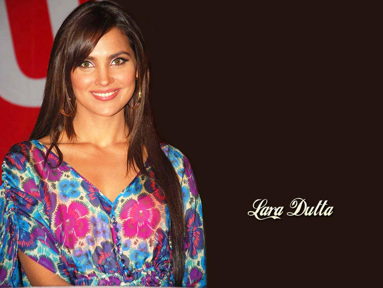 Lara Dutta Attractive Face Look Wallpaper