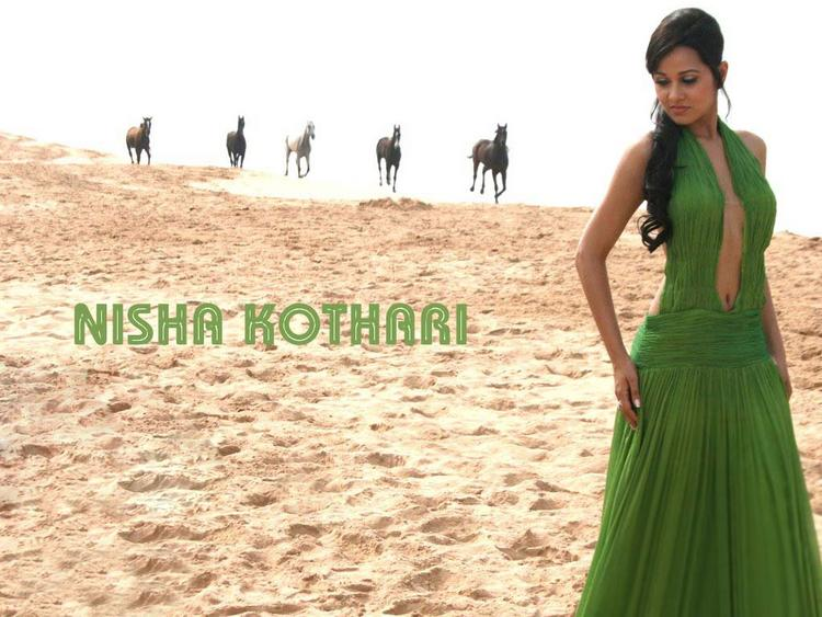 Nisha Kothari In Green Dress Amazing Wallpaper