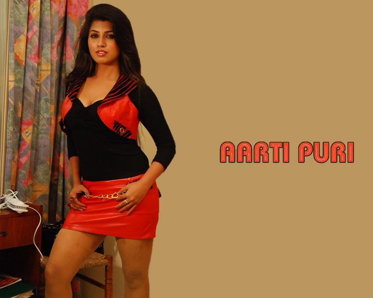 Aarti Puri Nice And Cool Wallpaper