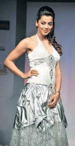 Mugdha Godse Beauty Still In Beautiful Gown