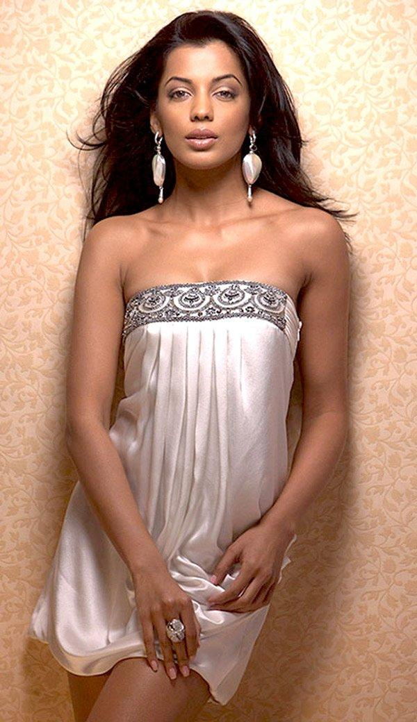 Mugdha Godse Strapless Dress Sexiest Photo Shoot