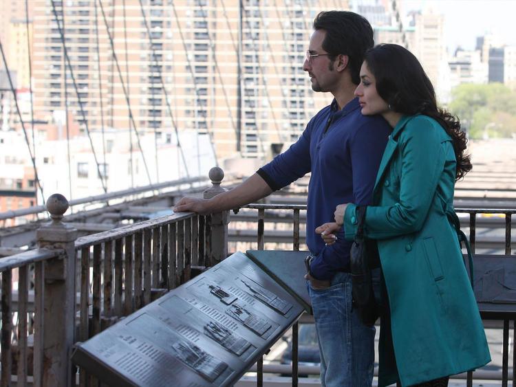 Kareena and Saif Film Pic