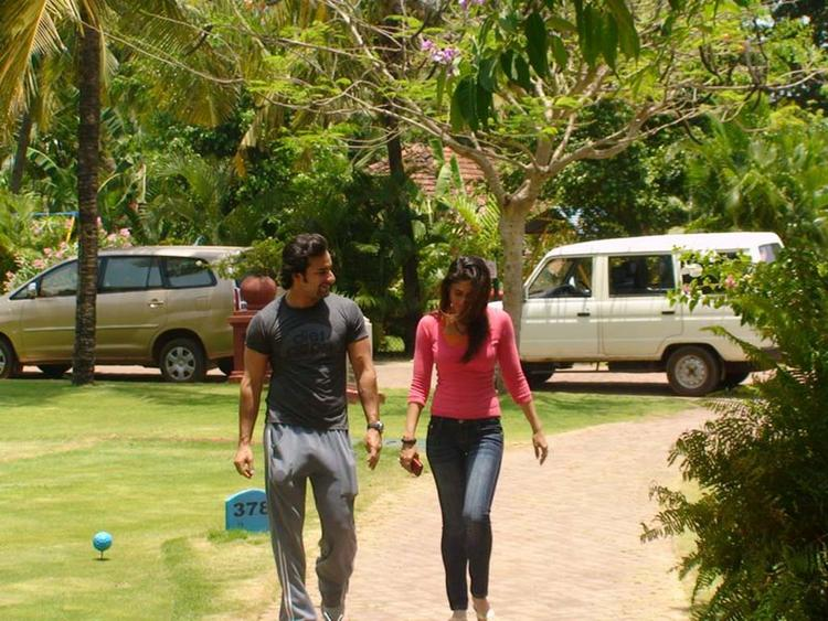 Kareena Kapoor and Saif Ali Khan Images