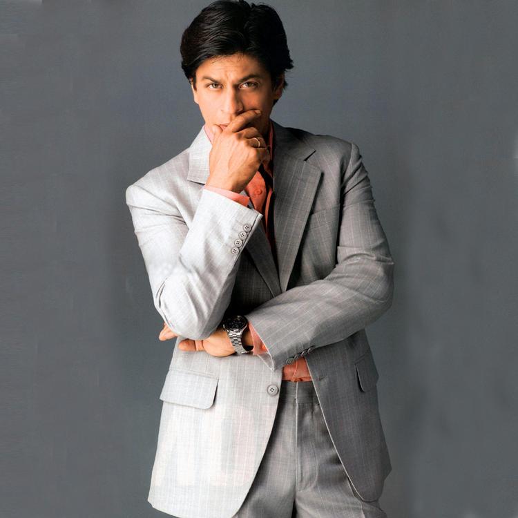 Shahrukh Khan Gray Color Blazer Still