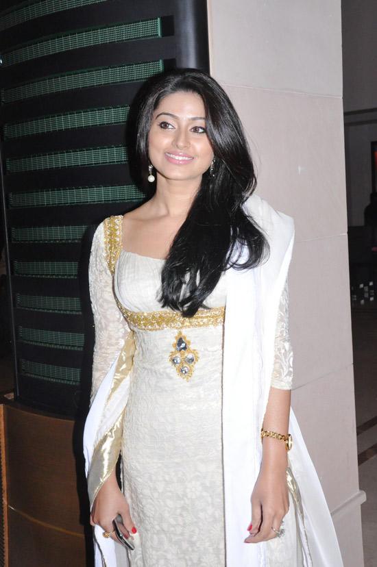 Sneha Beauty Still In Salwar Suit
