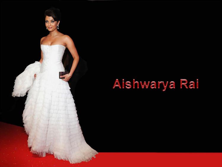 Aishwarya Rai Strapless White Gown Wallpaper