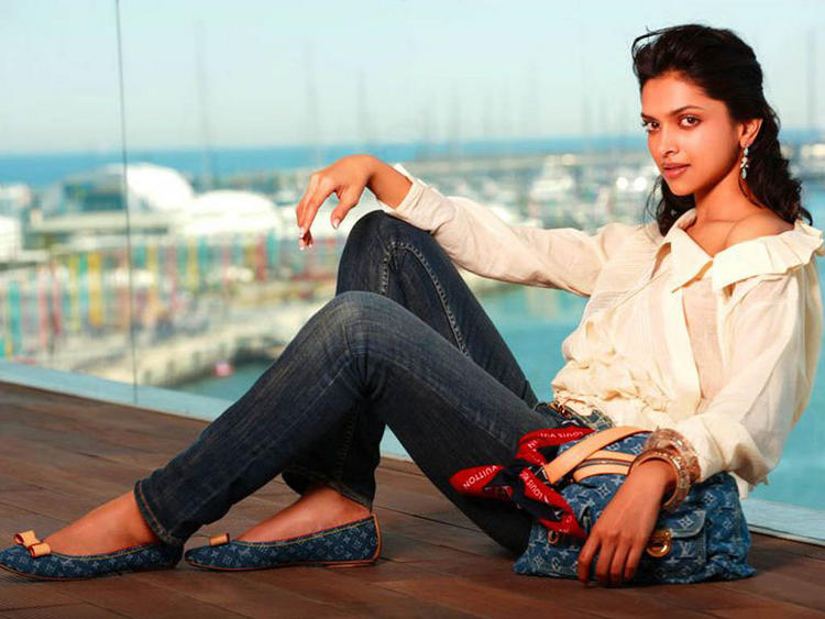 Deepika Padukone Sexy Pose Photo Shoot