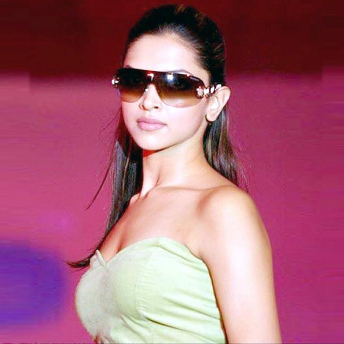 Deepika Padukone Stylist Look Wearing Goggles