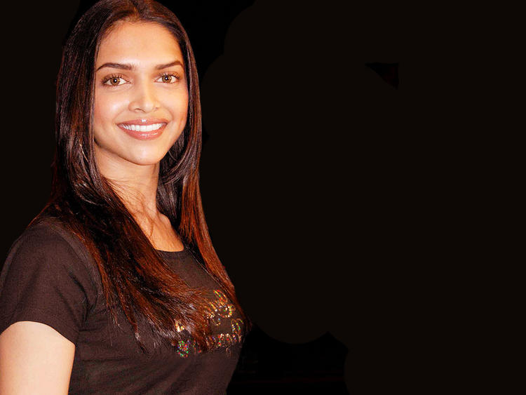 Deepika Padukone Sweet Smile Beauty Still