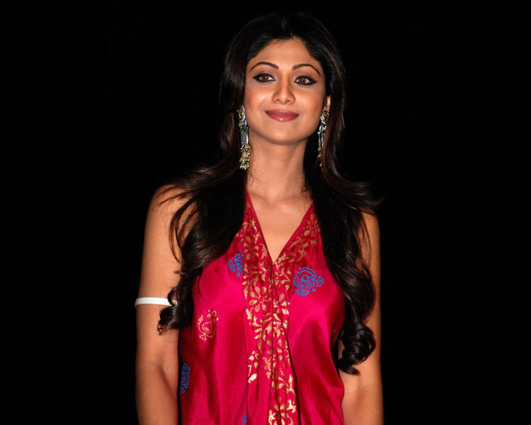 Glowing Shilpa Shetty Looking Very Gorgeous