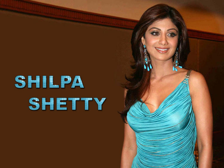 Shilpa Shetty Teal Color Dress Sizzles Wallpaper