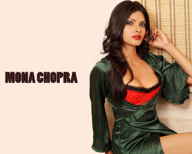 Mona Chopra Hot Wallpaper
