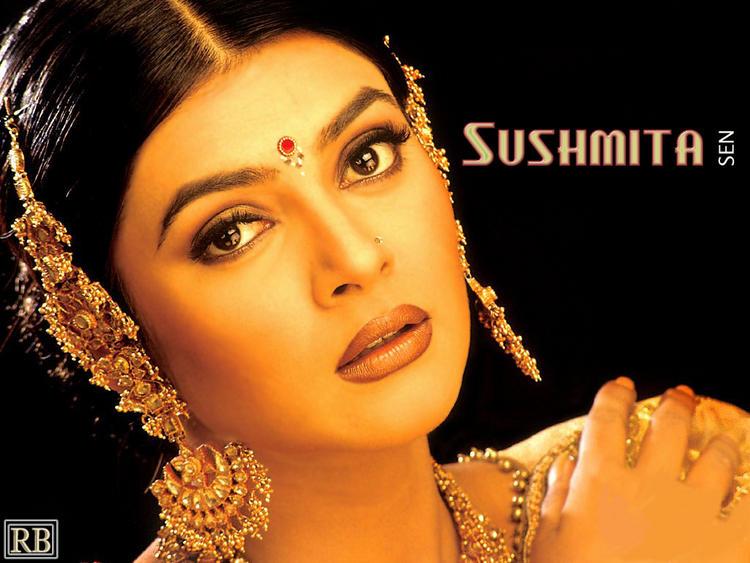 Sushmita Sen Beautiful face Wallpaper