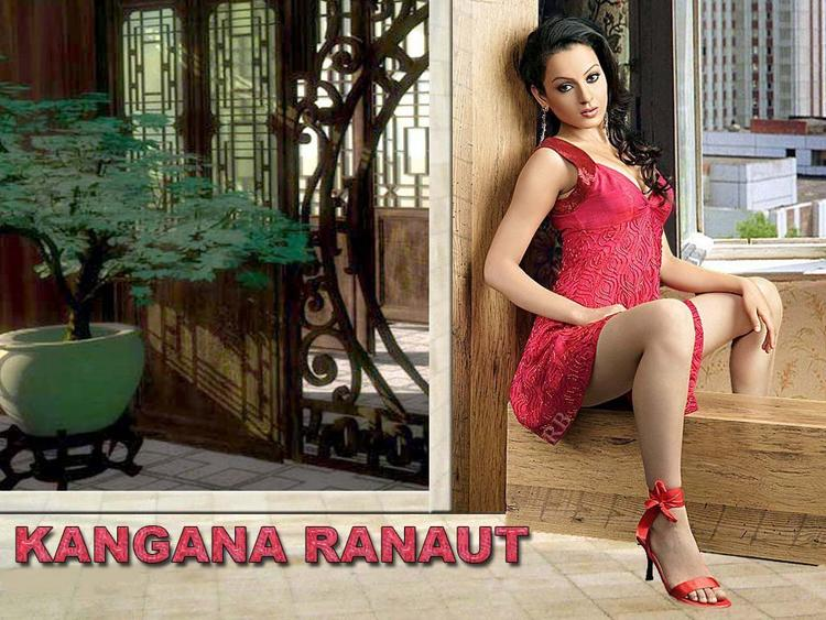 Kangana Ranaut Sexy Pose Wallpaper