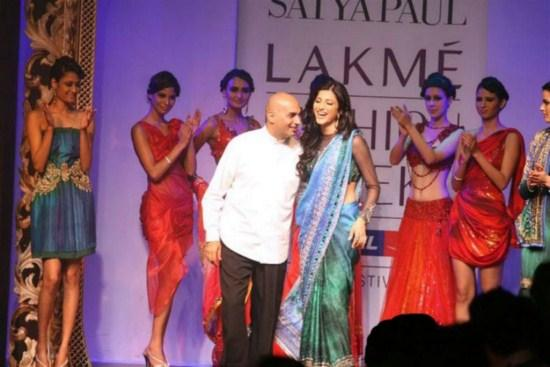 Shruti Haasan At Lakme Fashion Week