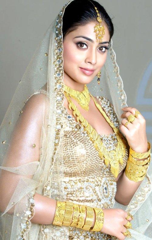 Shriya Saran Looking Beautiful In Bridal Dress