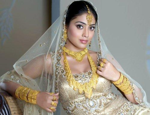 Shriya Saran Looking Very Beautiful