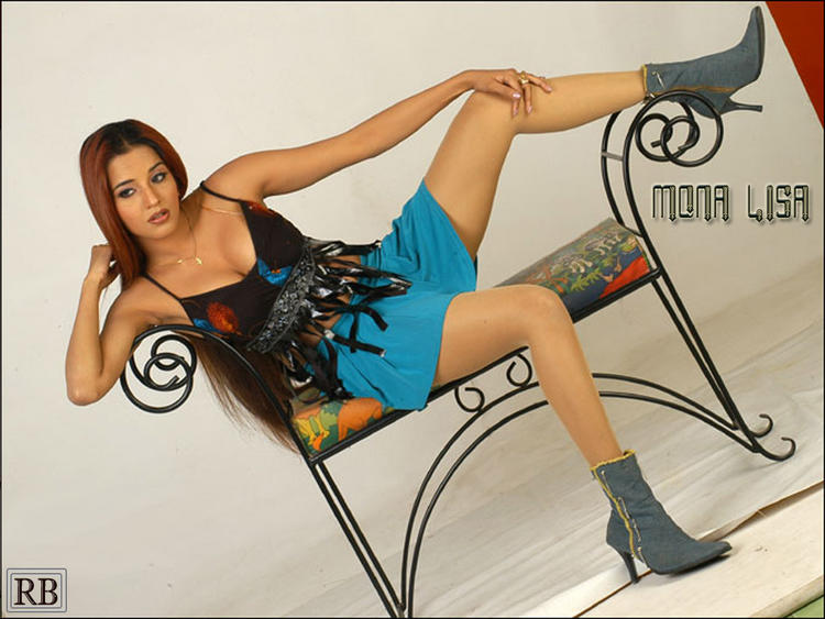 Mona Lisa Hot Stylist Photo Shoot