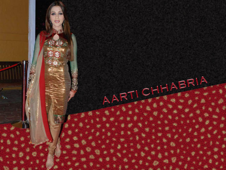 Aarti Chhabria Beautiful Wallpaper In Churidar