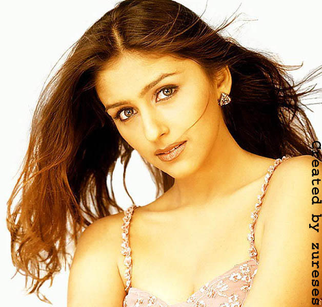 Aarti Chhabria Sexy and Fresh Wallpaper