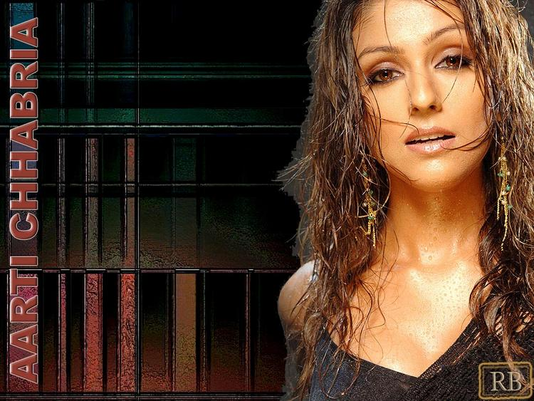 Aarti Chhabria Wet Face Look Wallpaper