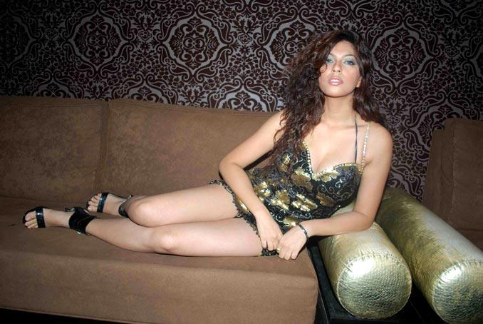 Priya Soni Milky Legs Pic
