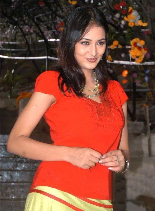 Vidisha Cute Close Up Pic