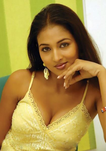 Vidisha Deep Boob Show Still