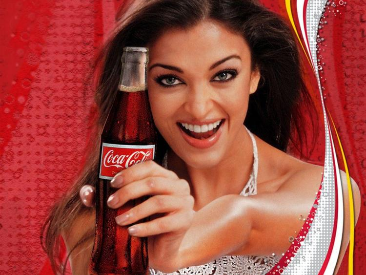 Aishwarya Rai Coca Cola Add Wallpaper