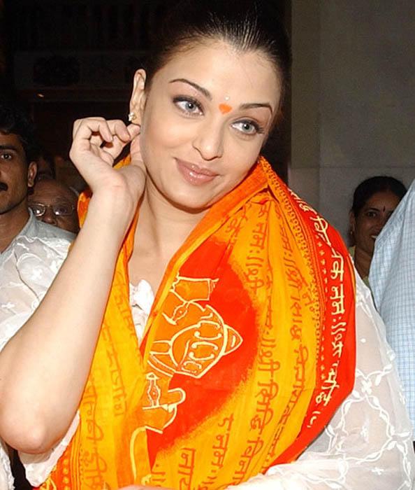 Aishwarya Rai Glory Face Still