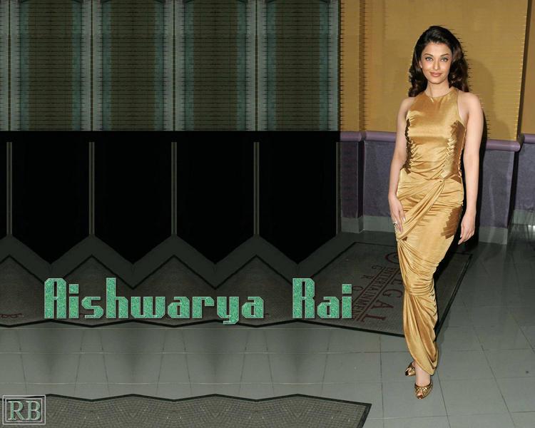 Hottie Aishwarya Rai Sexy Wallpaper