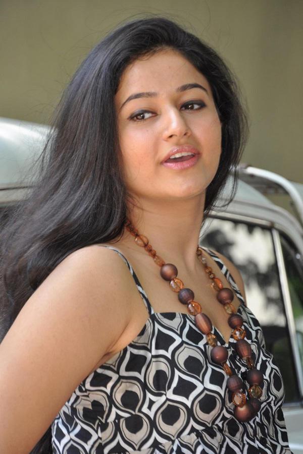 Poonam Bajwa Cute Lips Pic