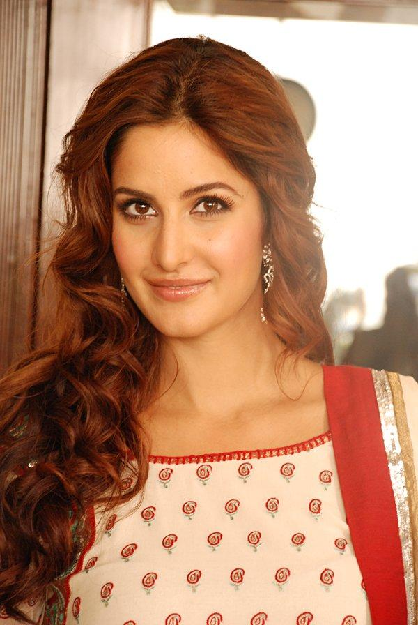 Katrina Kaif Curly Hair Sweet Look