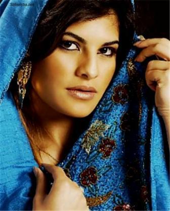 Jacqueline Fernandez Bold Look Pic