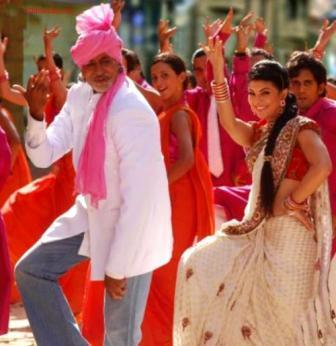 Jacqueline Fernandez Dancing Pic With Amitabh In Aladin