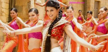 Jacqueline Fernandez Sexy Dance Still In Aladin
