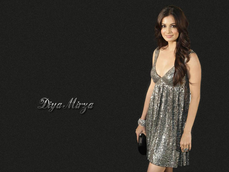 Diya Mirza Sexy Dress Hot Wallpaper