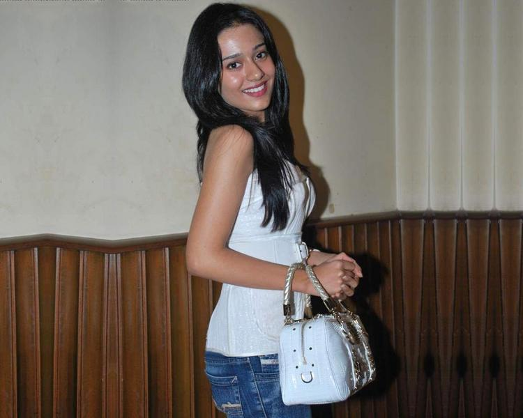 Amrita Rao Glamour Still In White T Shirt and Jeans